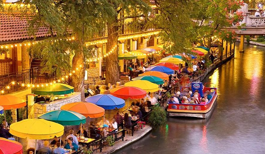san-antonio-river-walk_c122-0-890-448_s885x516